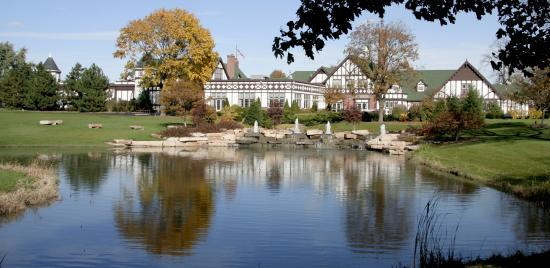 Chevy Chase Country Club - Reception Sites, Ceremony Sites - 1000 N Milwaukee Ave, Wheeling, IL, United States