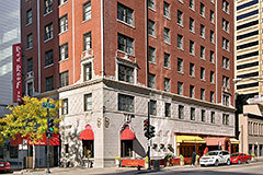Red Roof Inn - Accommodation - 162 E Ontario St, Chicago, IL, United States