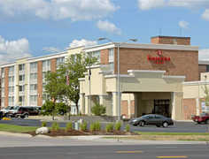Ramada Plaza - Hotel - 3333 28th St SE, Grand Rapids Charter Township, MI, 49546