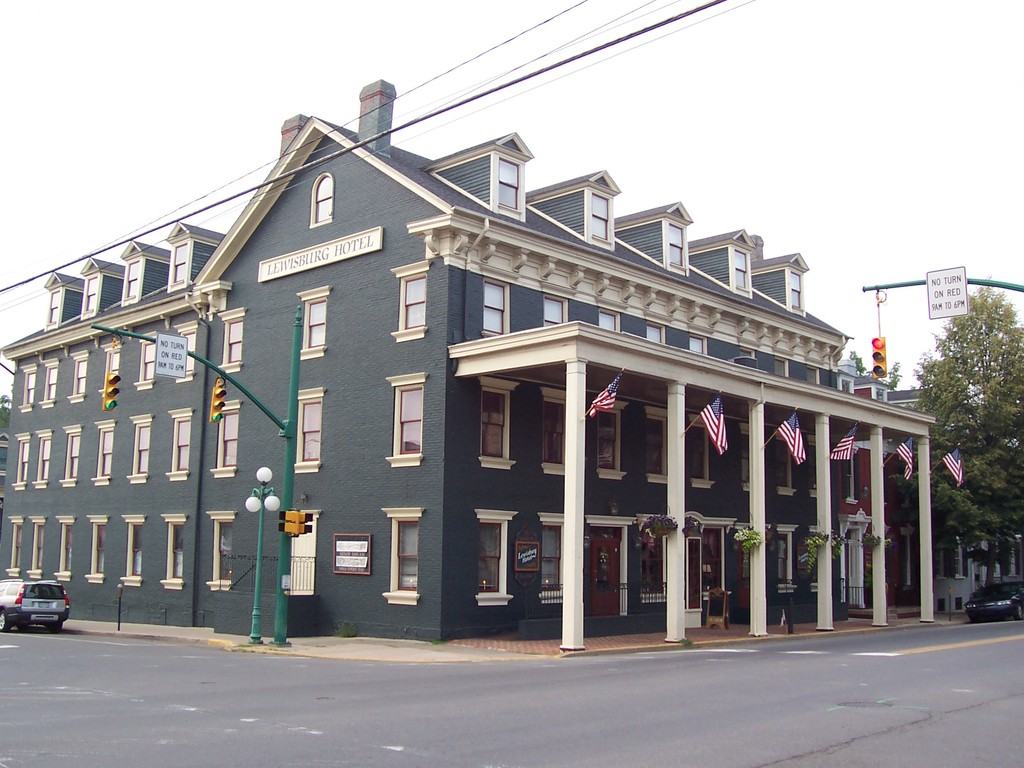 Lewisburg Hotel - Reception Sites, Hotels/Accommodations - 136 Market St, Lewisburg, PA, 17837
