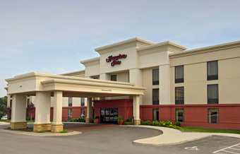 Hampton Inn - Hotels/Accommodations - 3434 Dodge Street, Dubuque, IA, USA