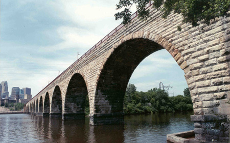 Stone Arch Bridge - Parks/Recreation, Attractions/Entertainment, Shopping - Minneapolis, MN, United States