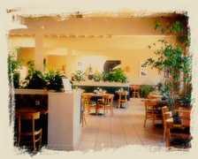 Stanley's Restaurant - Restaurant - 13817 Ventura Blvd, Sherman Oaks, CA, United States