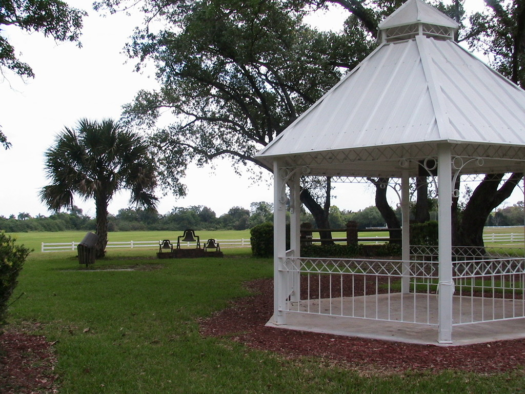 Robbins Park - Ceremony Sites, Reception Sites - 4005 Hiatus Road, Davie, Florida, United States