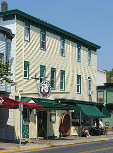 Ugly Mug Bar & Restaurant - Restaurants, Bars/Nightife - 426 Washington Street, Cape May, NJ, United States