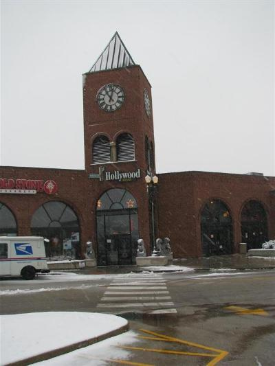 Hollywood Boulevard - Attractions/Entertainment - 1001 W. 75th St, Downers Grove, IL, 60516