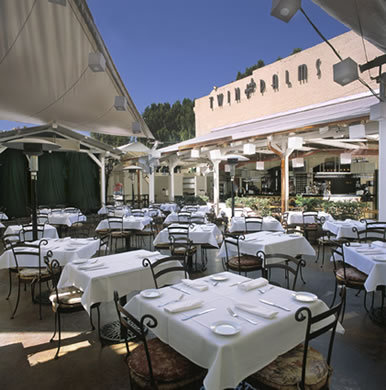 Twin Palms Pasadena - Restaurants, Reception Sites - 101 W Green Street, Pasadena, CA, United States
