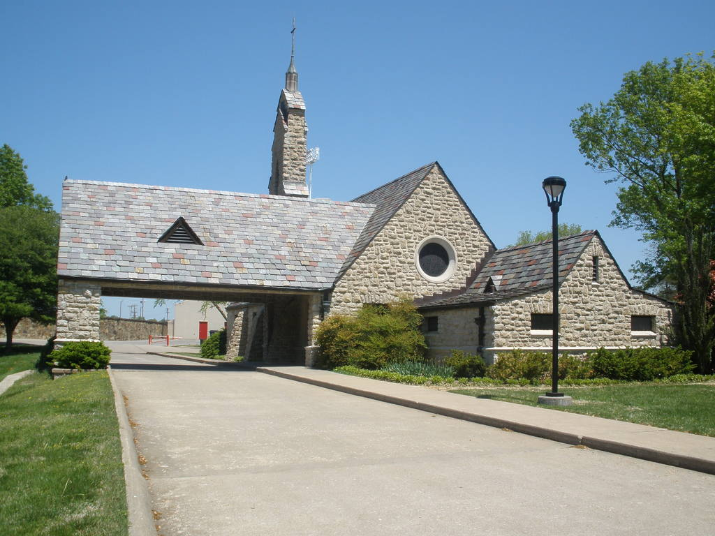 Timmons Chapel - Ceremony Sites - 409 E Ford Ave, Pittsburg, KS, 66762, US
