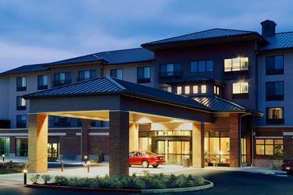 Hilton Garden Inn, Issaquah - Hotels/Accommodations, Reception Sites - 1800 NW Gilman Blvd, Issaquah, WA, 98027
