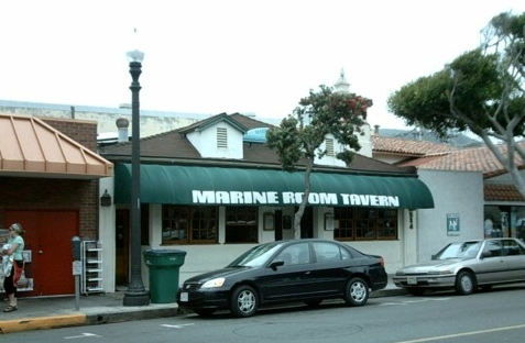 Hennessey's Tavern - Shopping, Attractions/Entertainment, Reception Sites - 213 Ocean Avenue, Laguna Beach, CA, United States