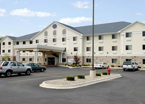 Comfort Suites - Hotels/Accommodations - 2633 W Marquette Woods Rd, Stevensville, MI, 49127-9326, US