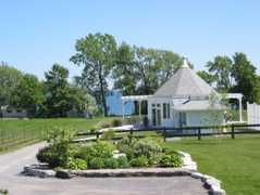 Waupoos Estates Winery - Wineries & Breweries - 3016 County Rd 8, Picton, ON, K0K 2T0