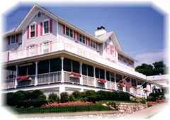 Harbor House Inn - Hotel - 114 S Harbor Dr, Grand Haven, MI, 49417, US