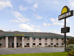 Days Inn Grand Haven - Hotel - 1500 Beacon Blvd., Grand Haven, MI, 49417-1390, United States