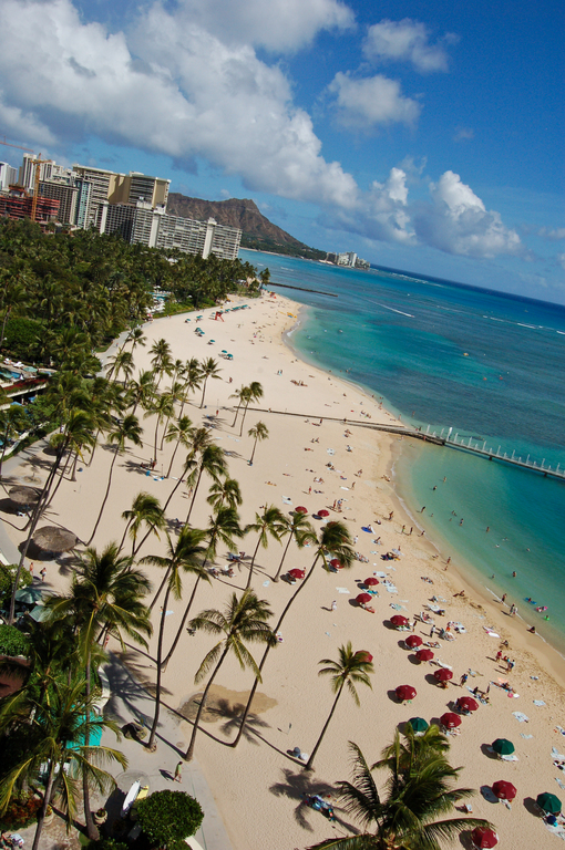 Waikiki Beach - Beaches, Attractions/Entertainment, Parks/Recreation -