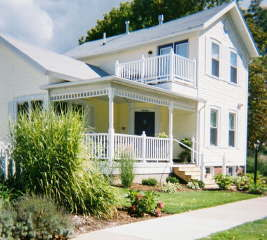The Captain's Cottage - Hotels/Accommodations -