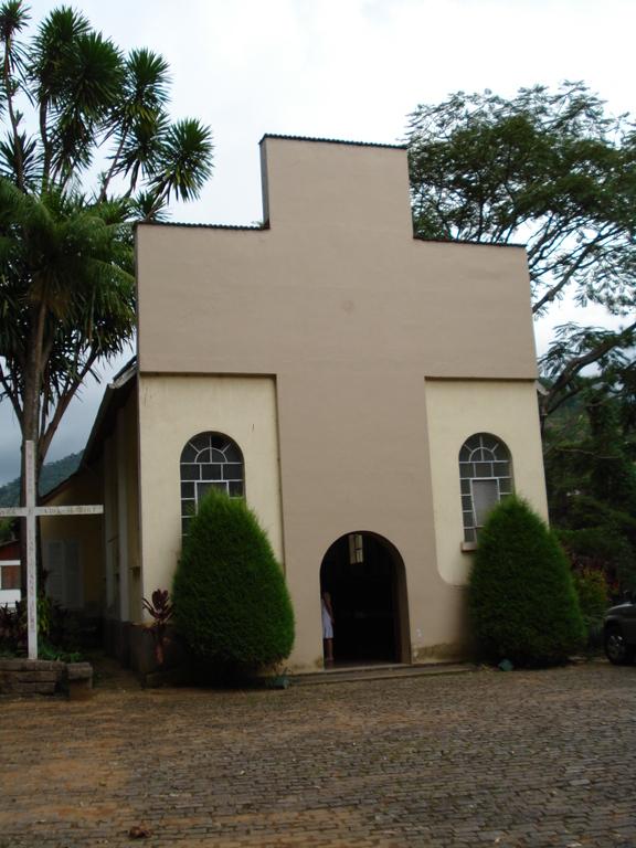 Igreja Nossa Senhora Aparecida - Ceremony Sites - Estr. Fazenda Inglesa - Petr, RJ, BR