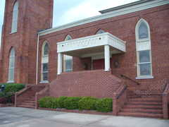 Fifth Avenue Baptist Church - Ceremony - 416 N 5th Ave SW, Rome, GA, United States