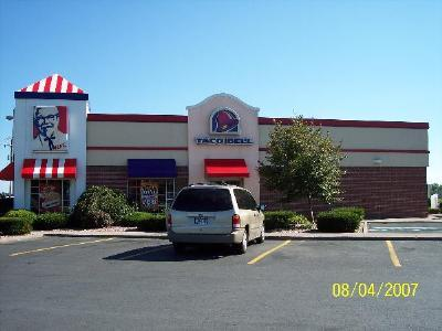 Kfc &amp; Taco Bell - Restaurants - 798 N Main St, Marion, VA, 24354, US