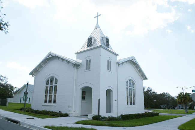 White Chapel - Ceremony Sites, Ceremony & Reception - 1190 Georgia Avenue, Palm Harbor, FL, United States