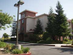 Comfort Suites Davis - Hotel - 1640 Research Park Drive, Davis, CA, United States
