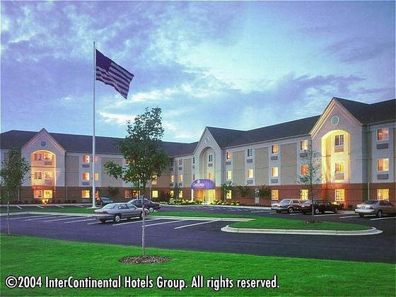 Candlewood Suites - Hotels/Accommodations - 4100 Pioneer Woods Dr, Lincoln, NE, 68506, US