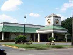 Clarion Inn - Hotel - 801 S 4th St, Waco, TX, 76706, US