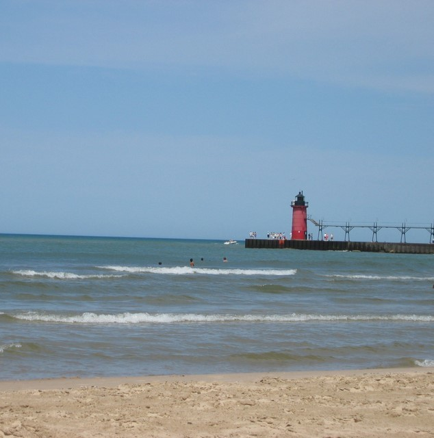 South Beach & Lighthouse - Ceremony Sites, Attractions/Entertainment - Monroe Blvd, Superior St, South Haven, MI, 49090, US