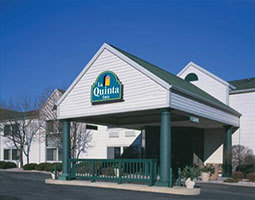 La Quinta Inn Sheboygan - Hotels/Accommodations - 2932 Kohler Memorial Drive, Sheboygan, WI, United States