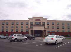 Hampton Inn and Suites - Hotel - 13550 Commerce Blvd, Rogers, MN, 55374, US