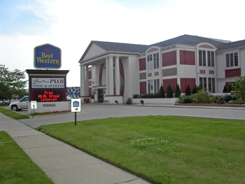 Best Western Georgian Inn - Hotels/Accommodations - 31327 Gratiot Ave, Roseville, MI, 48066, US