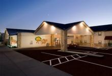 Appletree Inn - Hotels/Accommodations - 201 N 8th St, Independence, KS, United States