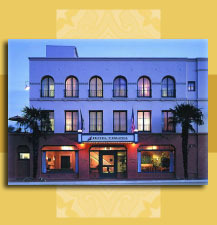 Holiday Inn Express-santa Barbara - Hotels/Accommodations - 17 W. Haley Street, Santa Barbara, CA, USA