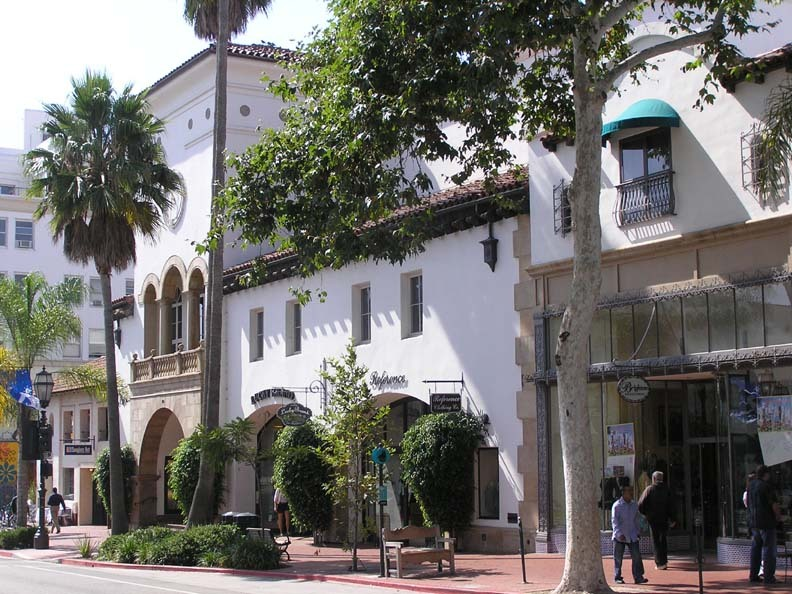 State Street - Attractions/Entertainment, Shopping - State St, Santa Barbara, California, US