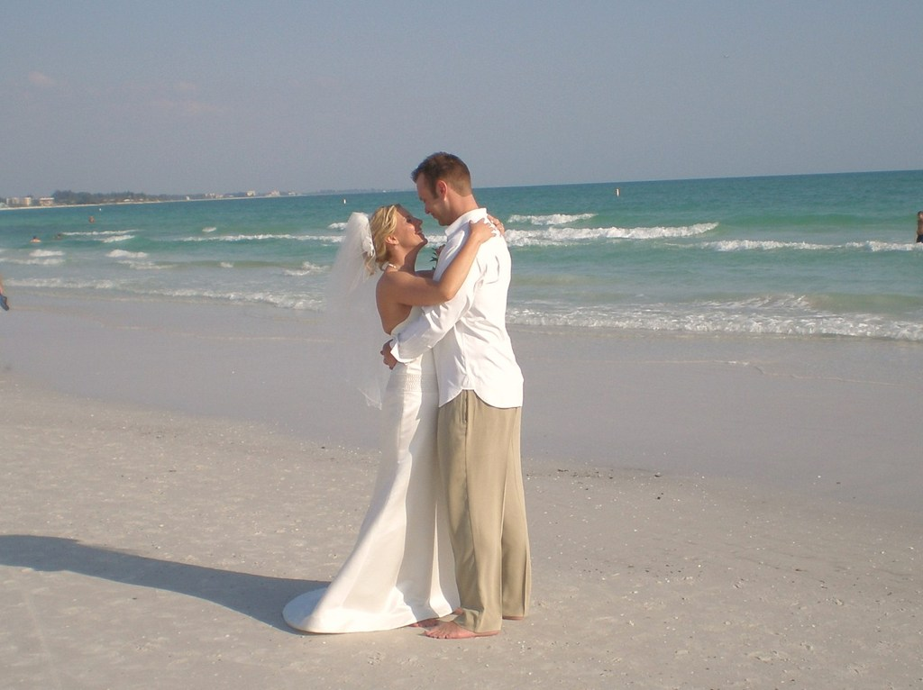 Siesta Key Beach - Attractions/Entertainment, Ceremony Sites, Beaches, Cruises/On The Water - 948 Beach Rd, Sarasota, FL, 34242, US