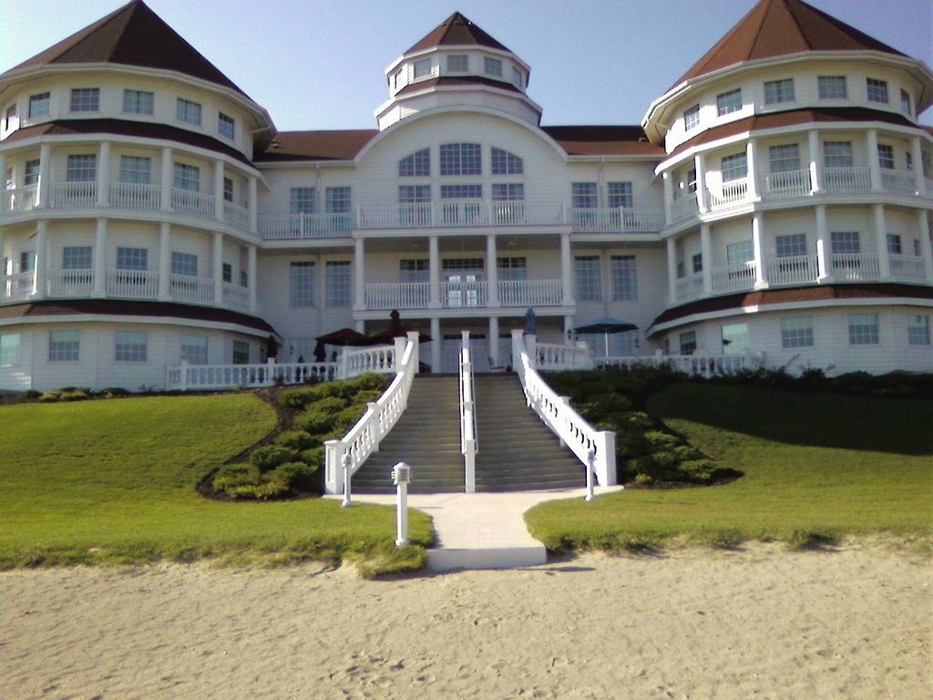 The Osthoff Resort, in Elkhart Lake, Wisconsin, is a premier AAA Four Diamond resort located on ft of recreational lakefront.