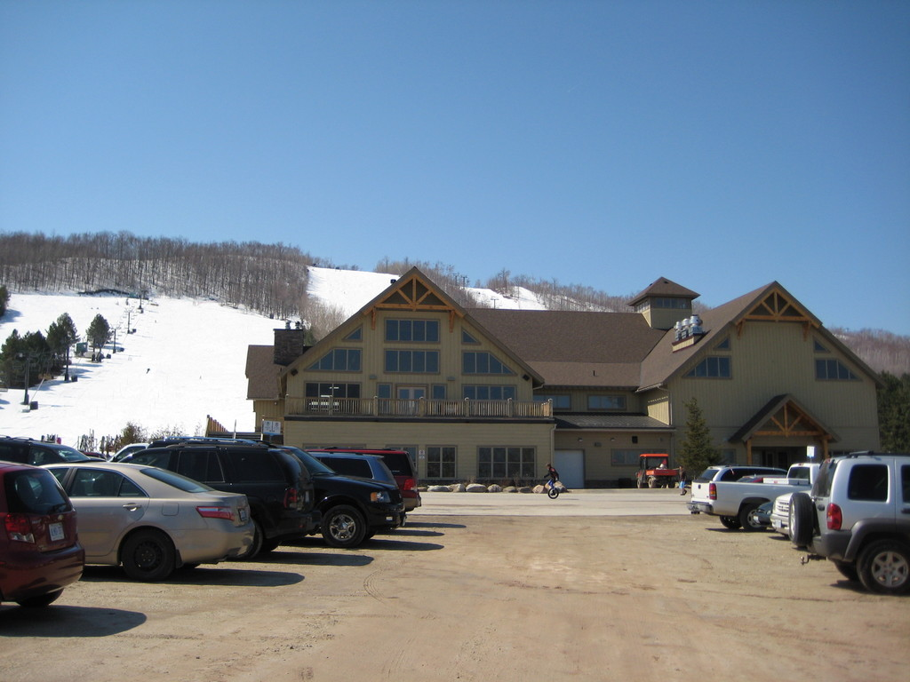Craigleith Ski Club - Ceremony Sites, Reception Sites - 163 Craigleith Road, R.R. #3, Collingwood, ON, L9Y 3Z2, Canada