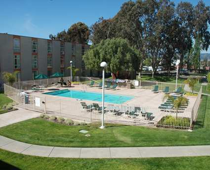 Hilton Oakland Airport - Hotels/Accommodations - 1 Hegenberger Road, Oakland, CA, United States