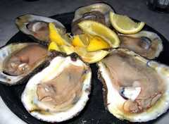 Acme Oyster House - Restaurant - 724 Iberville St, New Orleans, LA, United States