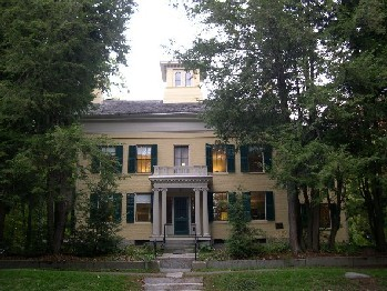 Emily Dickinson Museum - Attractions/Entertainment - 280 Main Street, Amherst, MA, United States