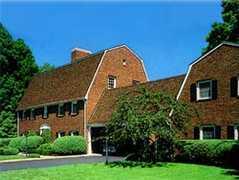 Autumn Inn $$ - Hotel - 259 Elm Street, Northampton, MA, United States