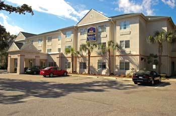 Best Western Patriots Point - Hotels/Accommodations - 259 McGrath Darby Boulevard, Mount Pleasant, SC, United States