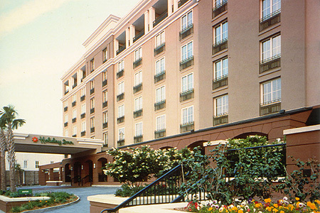 Holiday Inn Charleston (historic District) - Hotels/Accommodations - 125 Calhoun Street, Charleston, SC, United States
