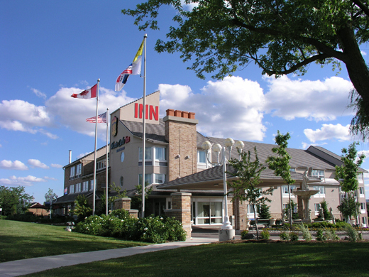 Monte Carlo Inn & Suites - Hotels/Accommodations - 8900 Woodbine Ave, Markham, ON, L3R 5G1