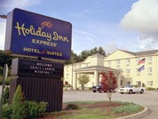 Holiday Inn Express - Hotels/Accommodations - 16 Tracy Rd, Dayville, CT, 06241, US