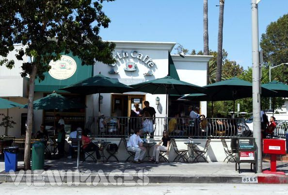 Urth Caffe - Restaurants, Coffee/Quick Bites - 267 South Beverly Drive, Beverly Hills, CA, United States