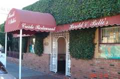 Harold & Bell's Restaurant - Rise and Dine - 2920 W Jefferson Blvd, Los Angeles, CA, United States