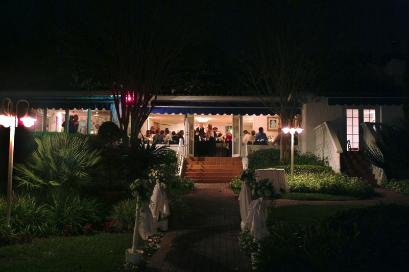 Enzo's Restaurant On The Lake - Ceremony Sites, Reception Sites - 1130 S US 17 92, Longwood, FL, 32750, US
