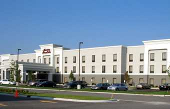 Hampton Inn - Hotels/Accommodations - 8936 Calumet Ave, Munster, IN, 46321