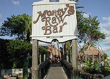 Monty's Coconut Grove - Restaurant - S Bayshore Dr, Miami, FL, 33133